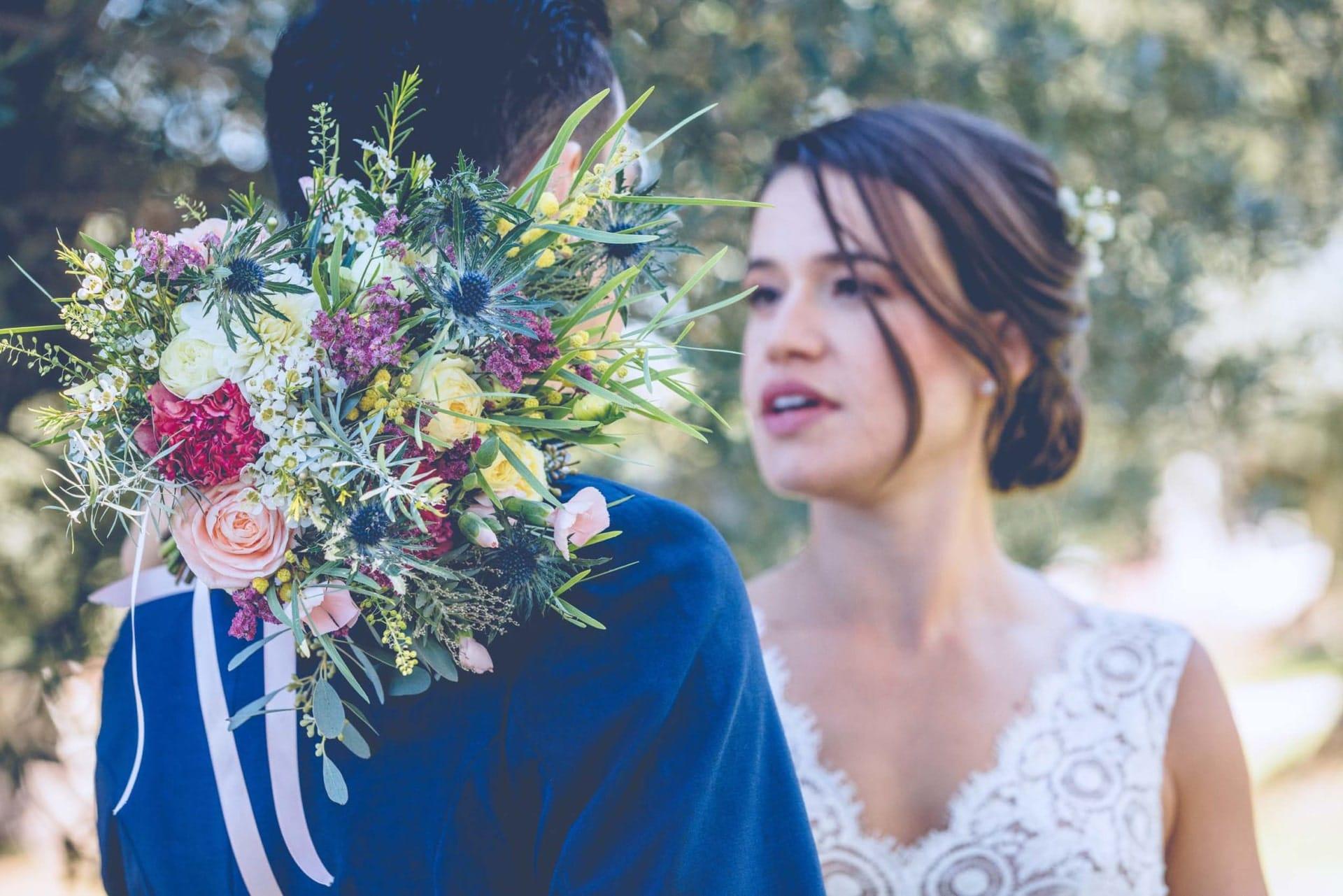 Photo d'un couple lors de leur mariage organisé par l'Agence Amoren